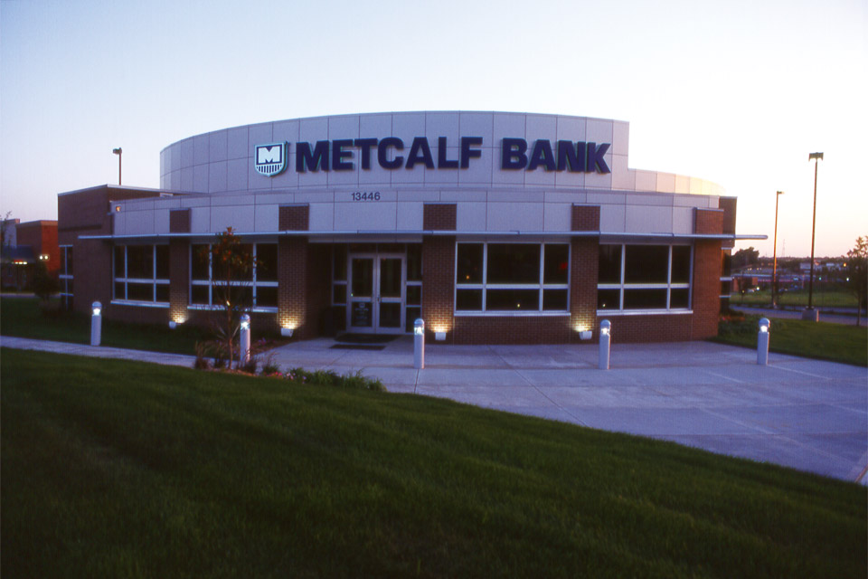 COMM-MetcalfBank-01